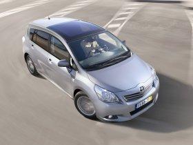 Ver foto 2 de Toyota Verso 150D AutoDrive S 2009
