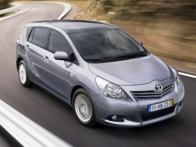 Ver foto 1 de Toyota Verso 150D AutoDrive S 2009
