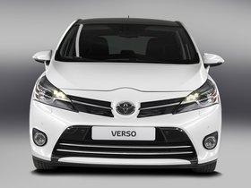 Ver foto 2 de Toyota Verso 2013