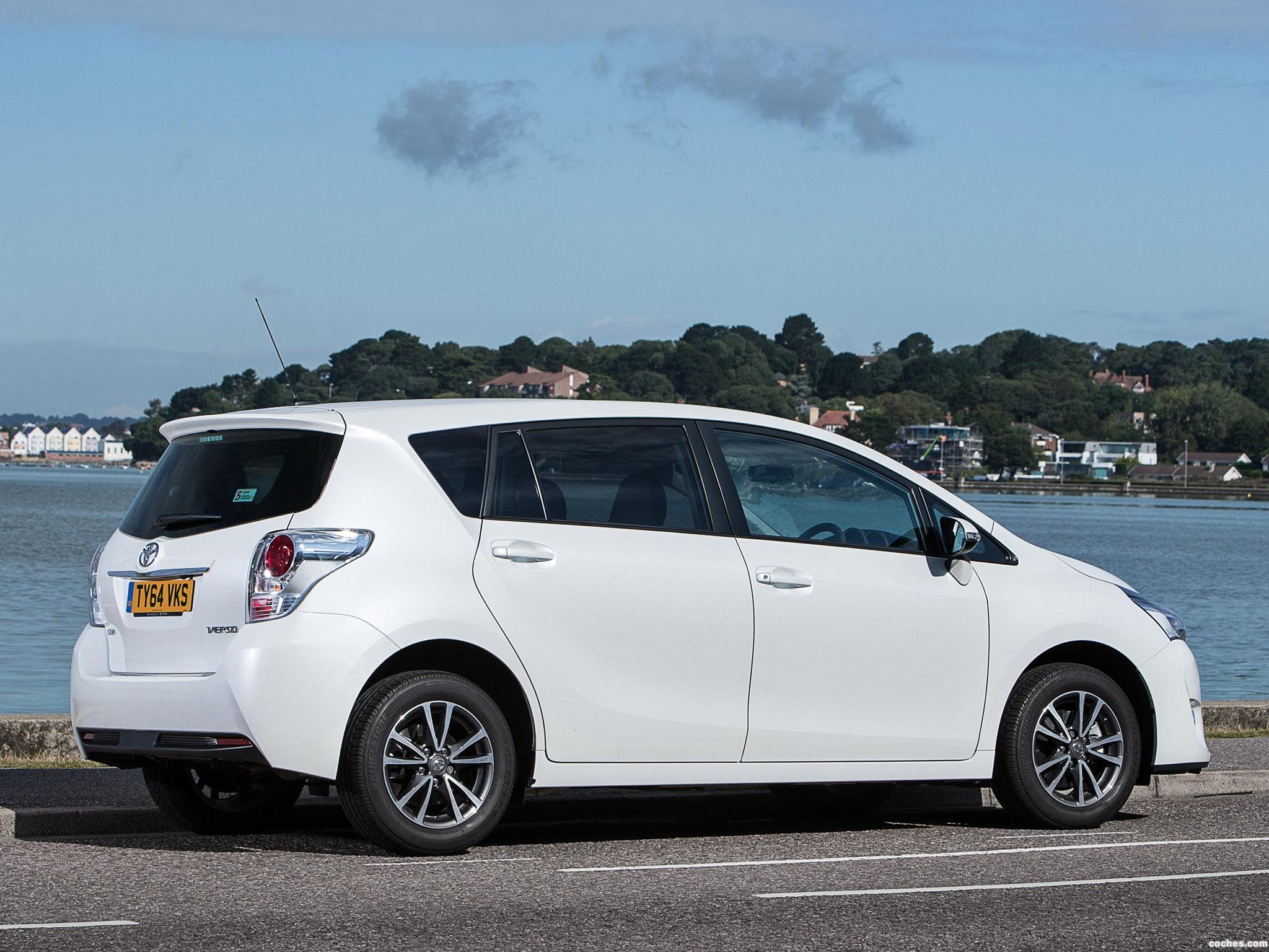 Foto 9 de Toyota Verso UK 2013