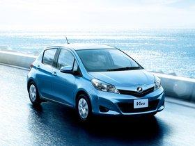 Ver foto 1 de Toyota Vitz 2011