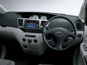 Ver foto 6 de Toyota Voxy 2001