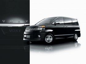 Ver foto 2 de Toyota Voxy 2001