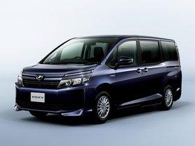 Fotos de Toyota Voxy X Hybrid 2014