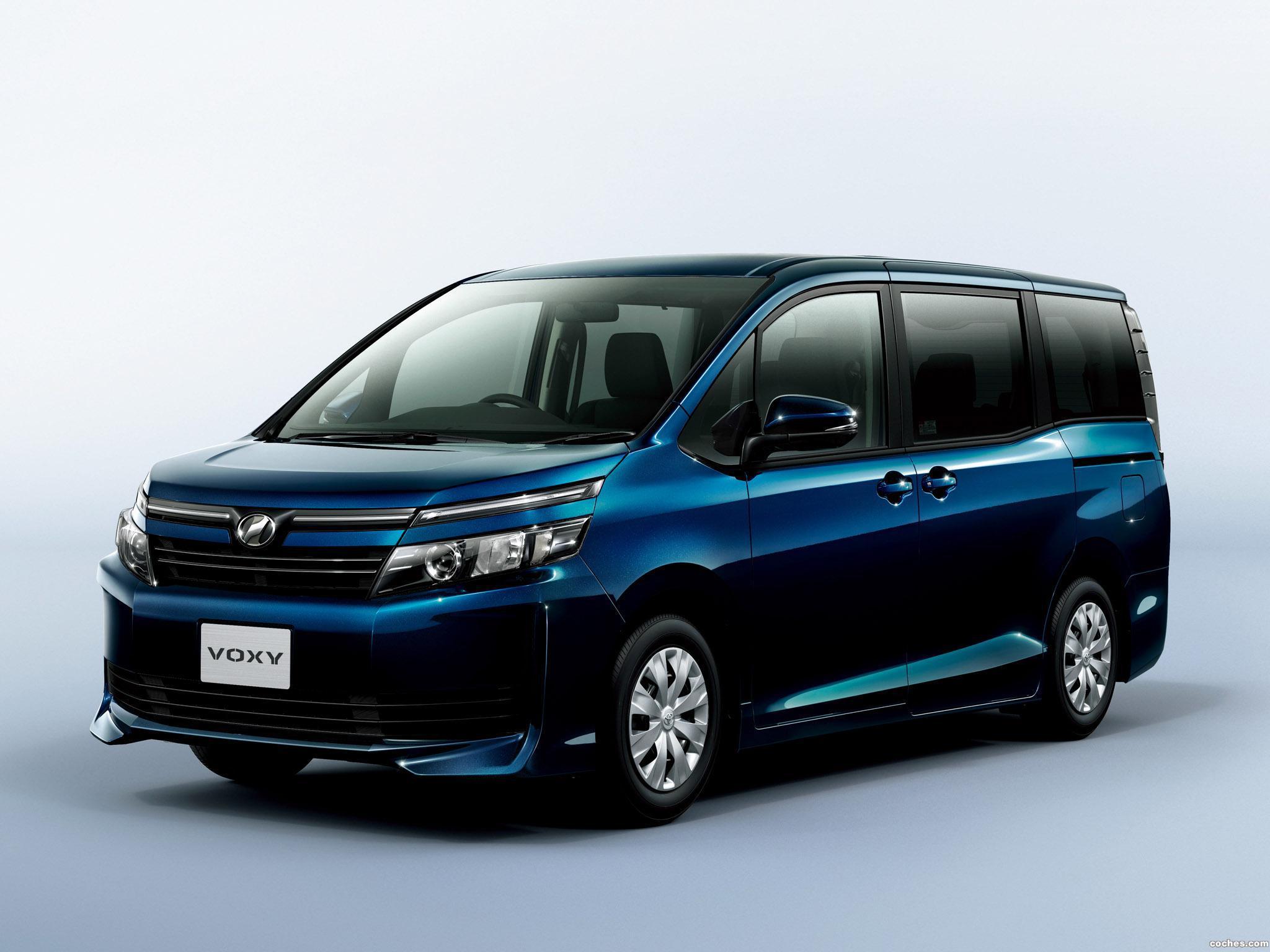 Foto 0 de Toyota Voxy X 2014