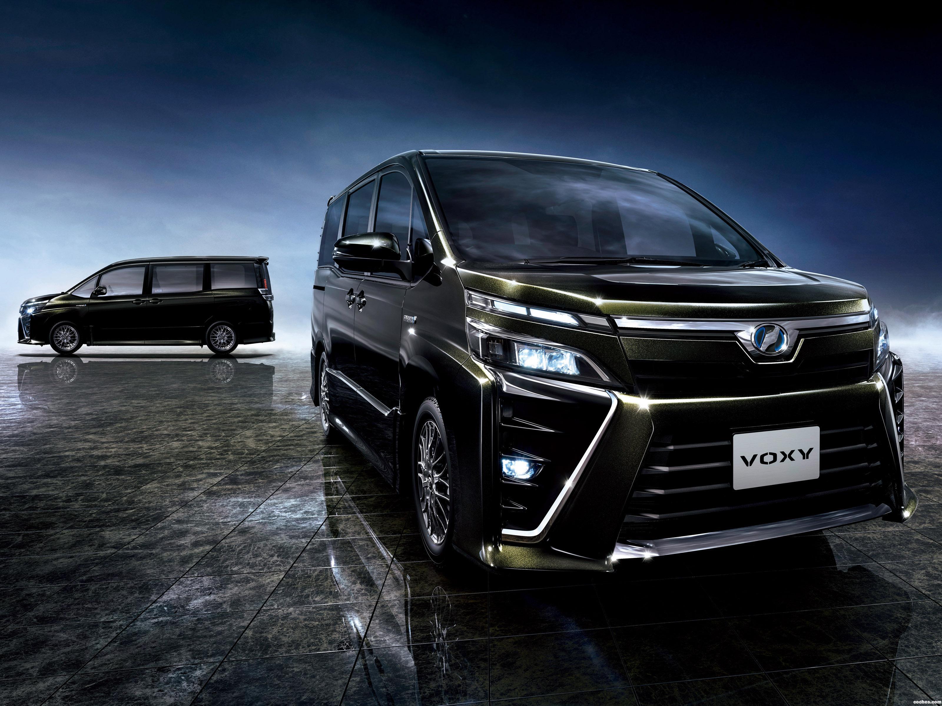 Foto 1 de Toyota Voxy ZS Hybrid 2017
