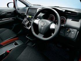 Ver foto 5 de Toyota Wish 2.0Z 2012