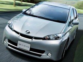 Ver foto 5 de Toyota Wish 2009