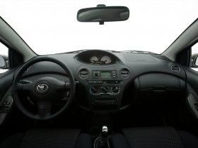 Ver foto 35 de Toyota Yaris 2003