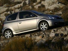 Ver foto 16 de Toyota Yaris 2003