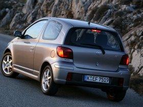 Ver foto 13 de Toyota Yaris 2003