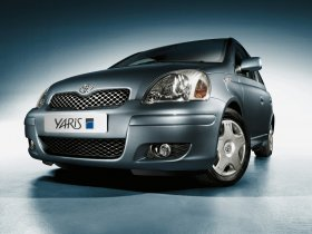 Ver foto 3 de Toyota Yaris 2003