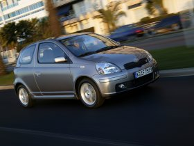 Ver foto 30 de Toyota Yaris 2003