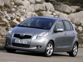 Ver foto 2 de Toyota Yaris 2005