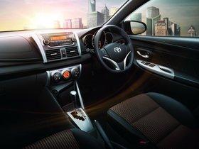 Ver foto 6 de Toyota Yaris 2013