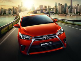 Fotos de Toyota Yaris 2013