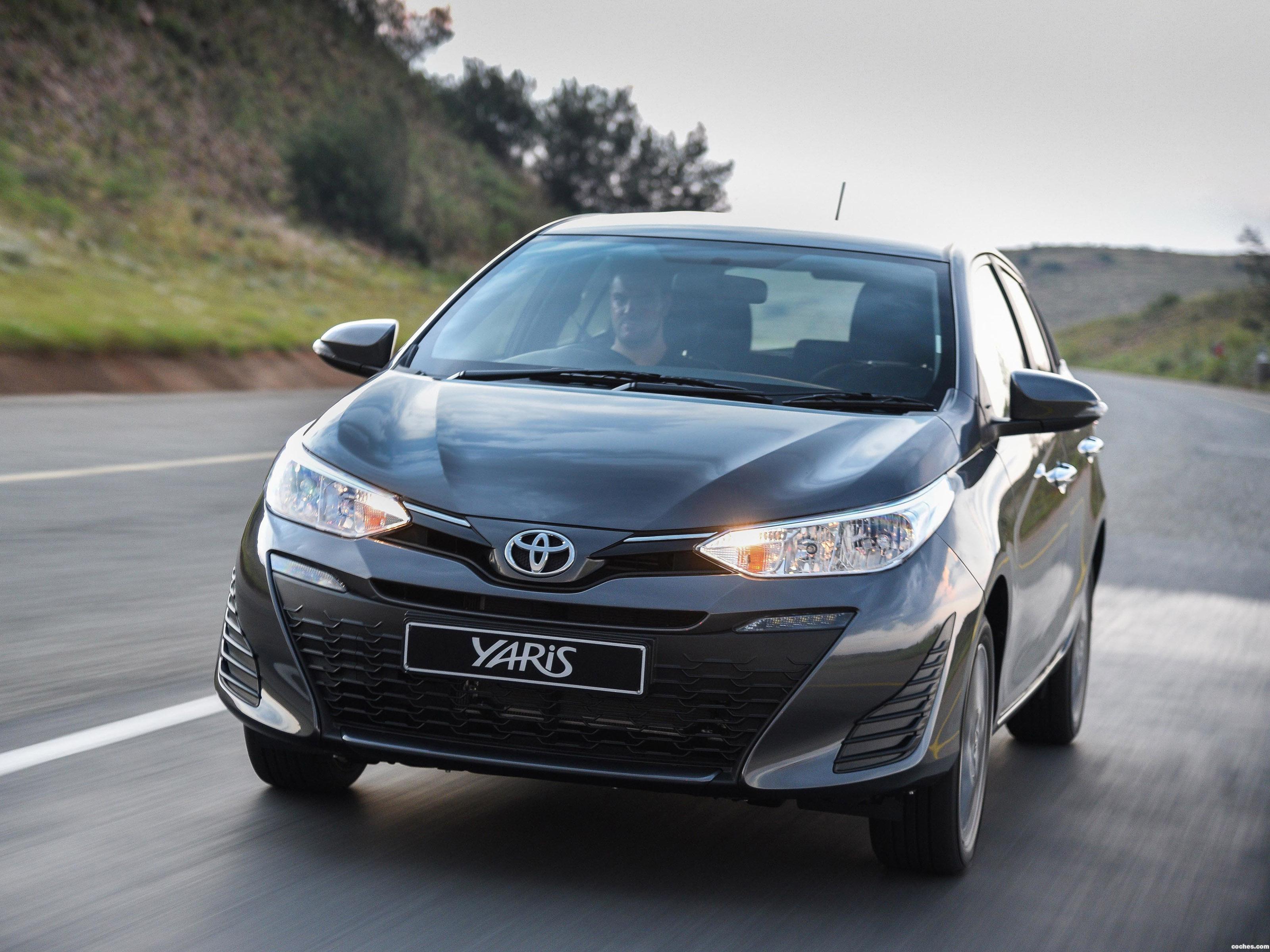 Foto 0 de Toyota Yaris 2018