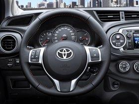 Ver foto 23 de Toyota Yaris 5 puertas 2011