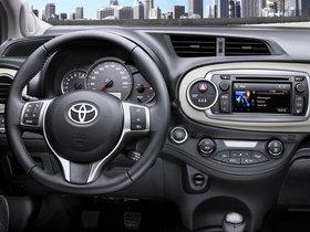 Ver foto 21 de Toyota Yaris 5 puertas 2011