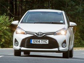 Ver foto 10 de Toyota Yaris 5 puertas UK 2014