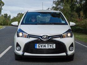 Ver foto 3 de Toyota Yaris 5 puertas UK 2014