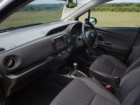 Ver foto 17 de Toyota Yaris 5 puertas UK 2014