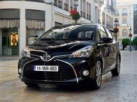 Fotos de Toyota Yaris 5 puertas 2014