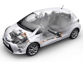 Ver foto 17 de Toyota Yaris Hybrid 2012