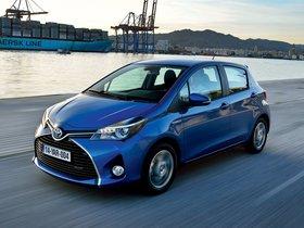 Ver foto 12 de Toyota Yaris Hybrid 2014