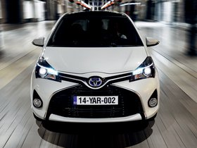 Ver foto 11 de Toyota Yaris Hybrid 2014