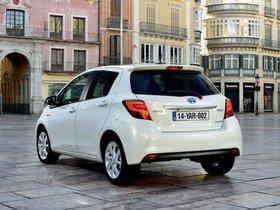 Ver foto 20 de Toyota Yaris Hybrid 2014