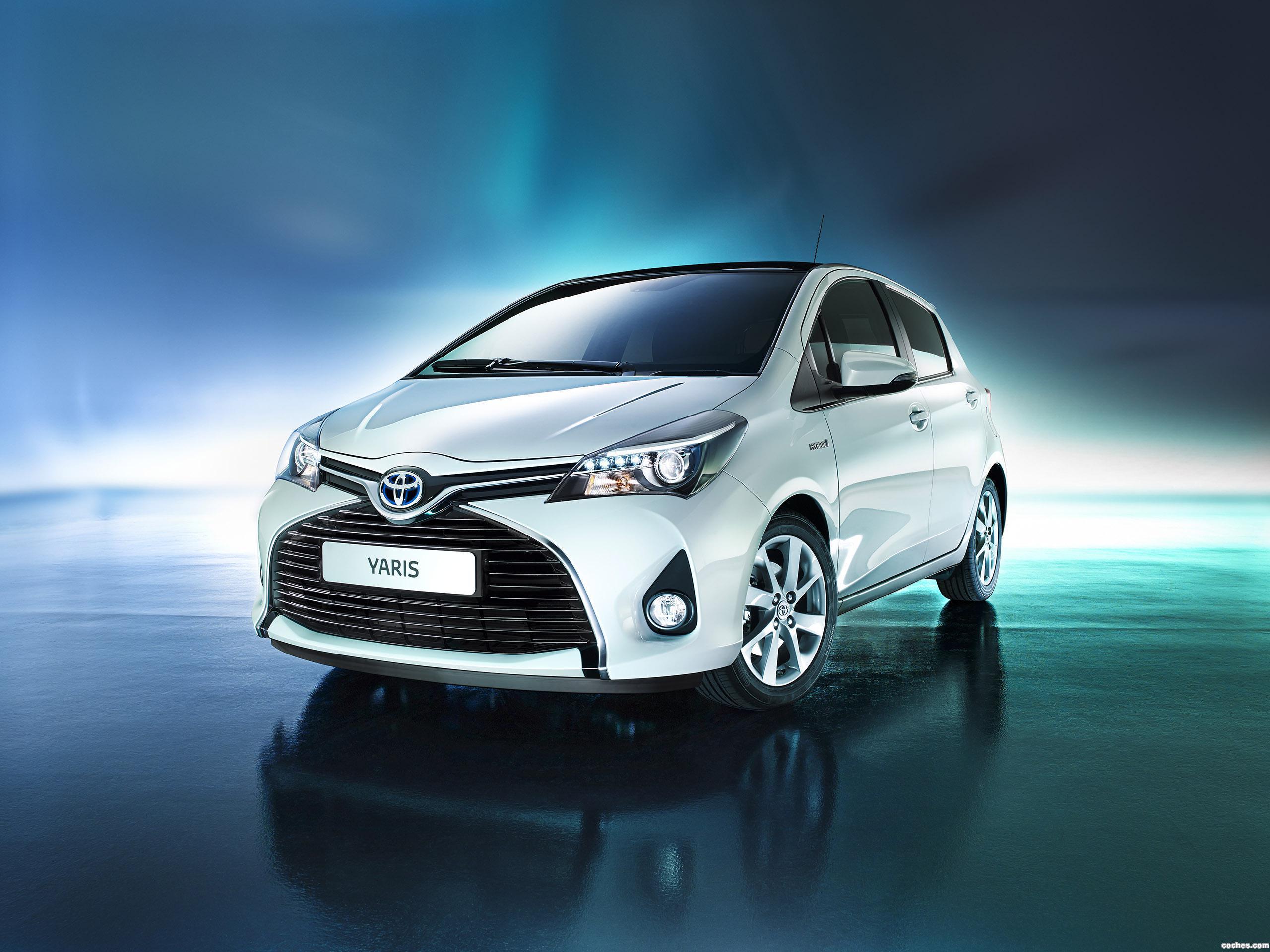 Foto 20 de Toyota Yaris Hybrid 2014