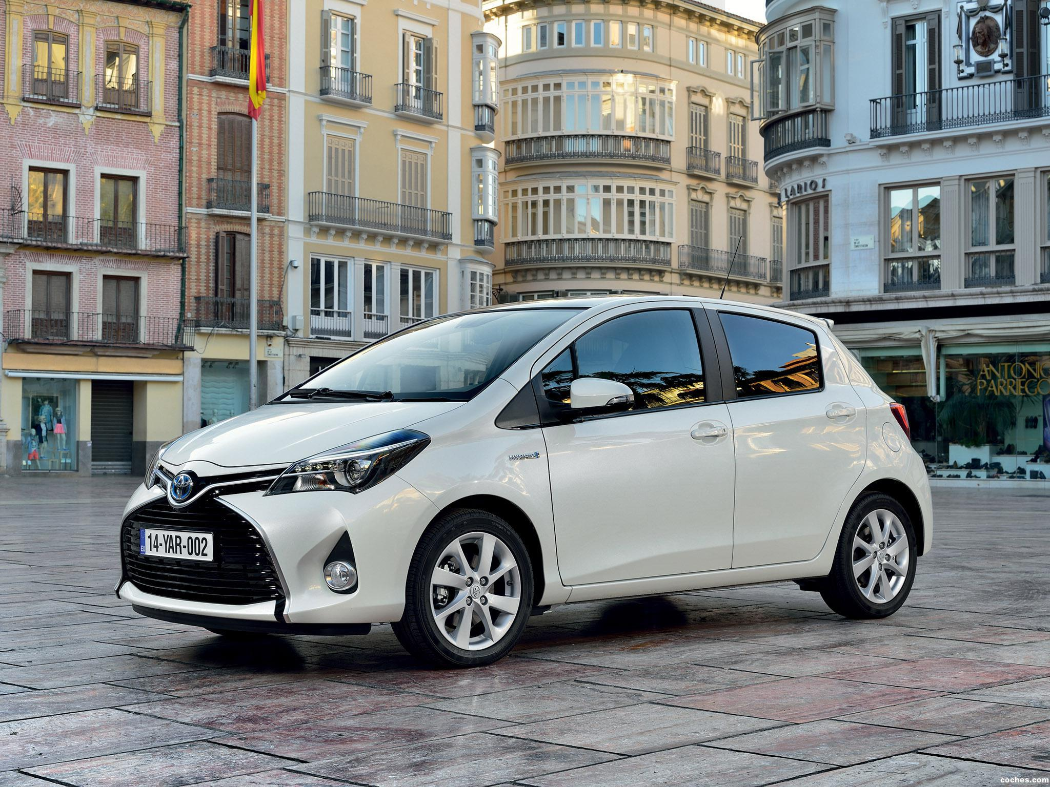 Foto 9 de Toyota Yaris Hybrid 2014