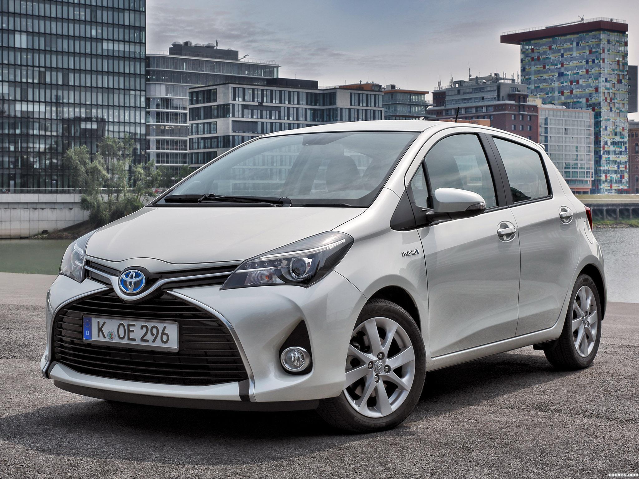 Foto 0 de Toyota Yaris Hybrid 2014
