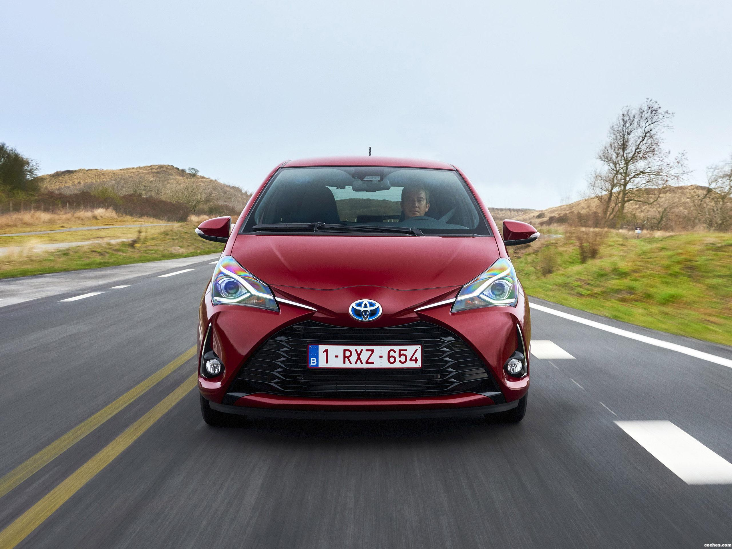 Foto 12 de Toyota Yaris Hybrid 2017 2017