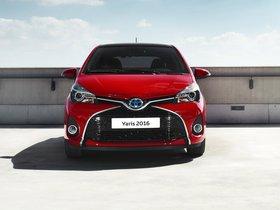 Ver foto 5 de Toyota Yaris Hybrid Style  2015