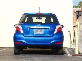 Ver foto 2 de Toyota Yaris 3 puertas LE USA 2011