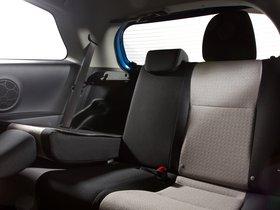 Ver foto 9 de Toyota Yaris 3 puertas LE USA 2011