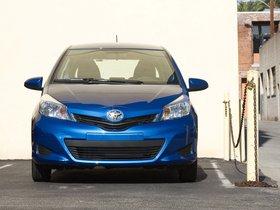 Ver foto 3 de Toyota Yaris 3 puertas LE USA 2011