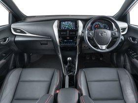 Ver foto 34 de Toyota Yaris S 2018
