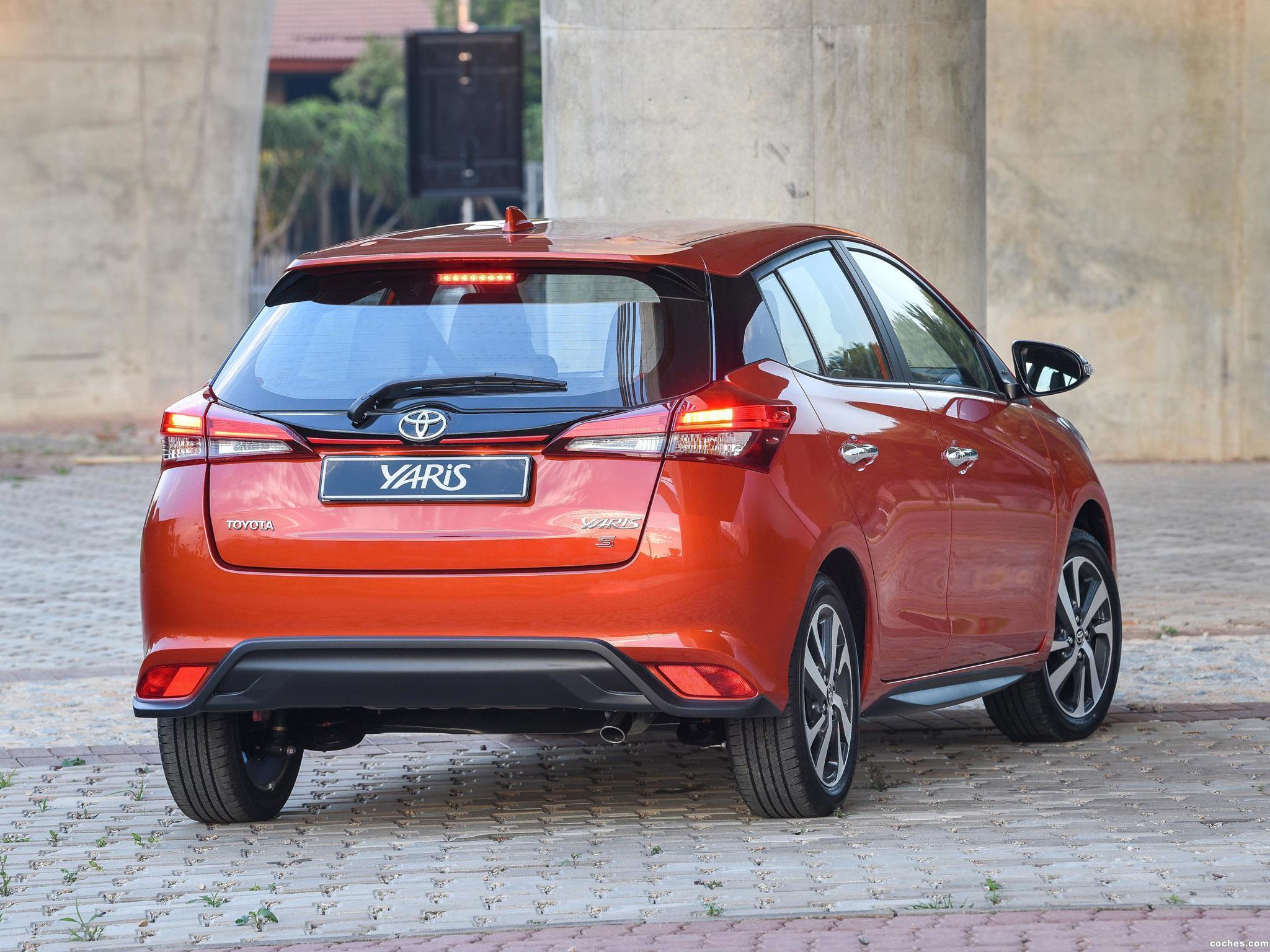 Foto 10 de Toyota Yaris S 2018