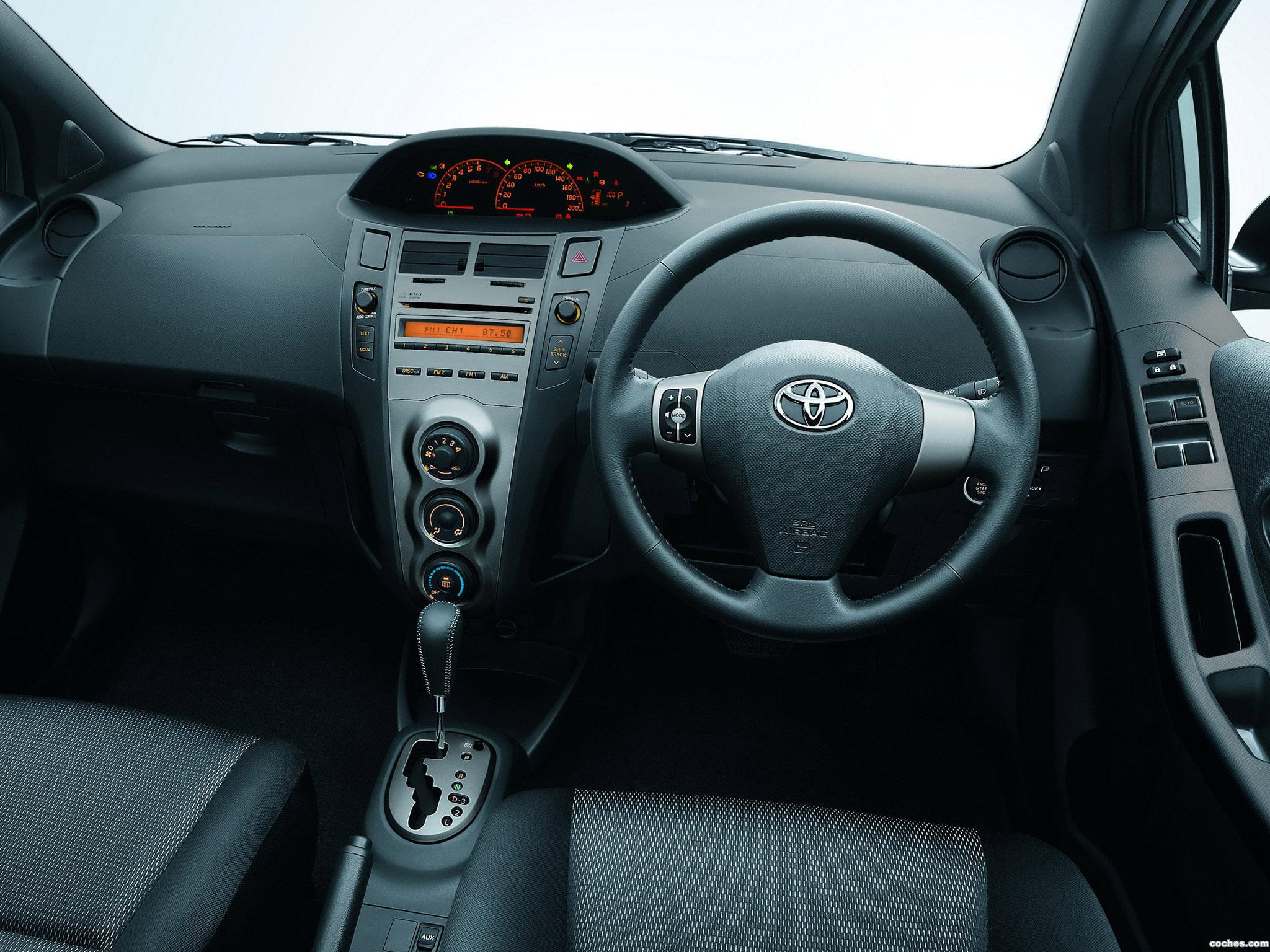 Foto 5 de Toyota Yaris S Limited Thailand 2009