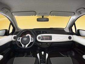 Ver foto 5 de Toyota Yaris Trend 5 puertas 2012