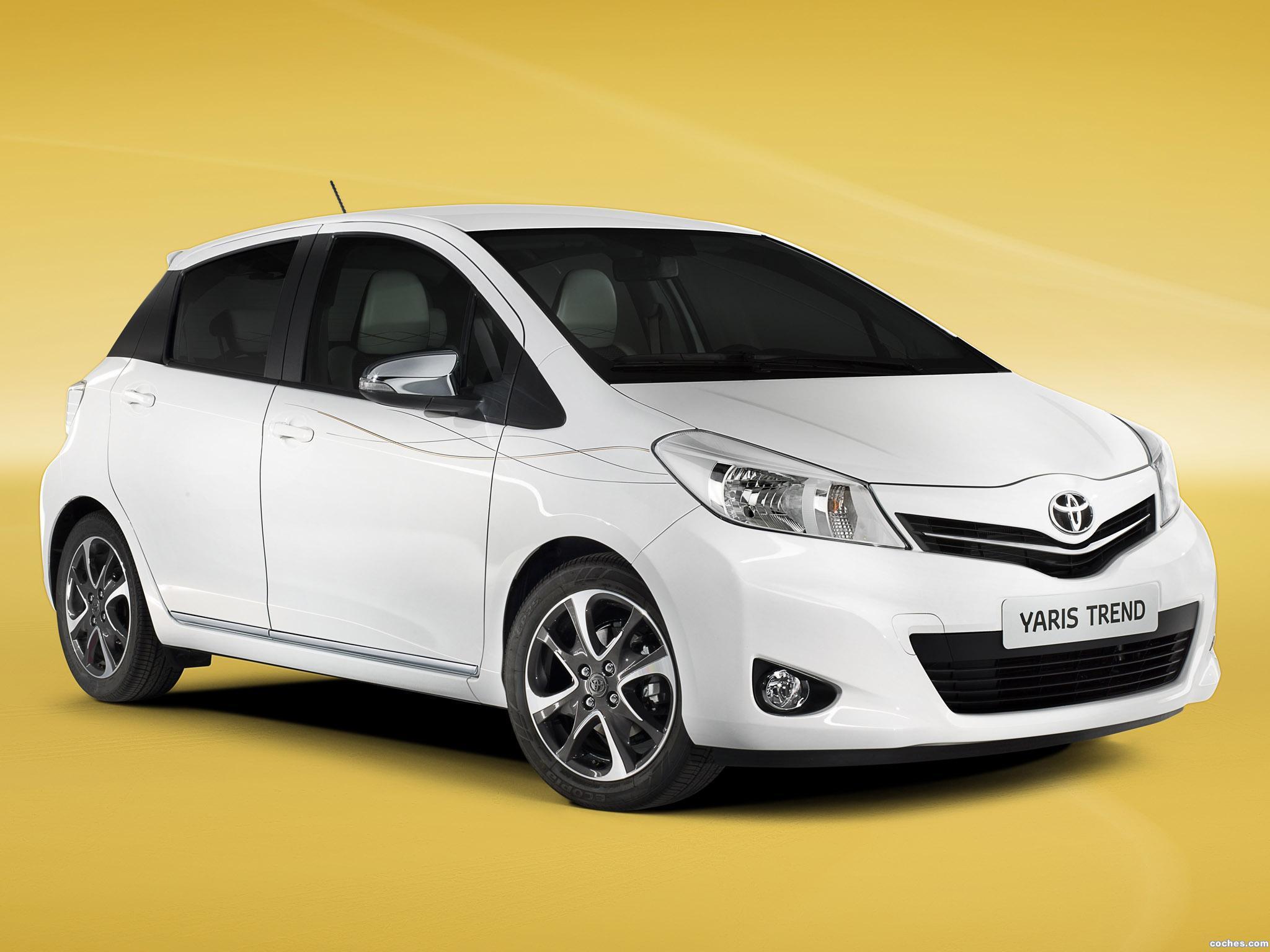 Foto 0 de Toyota Yaris Trend 5 puertas 2012