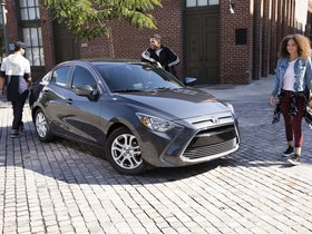 Ver foto 1 de Toyota Yaris iA USA 2016
