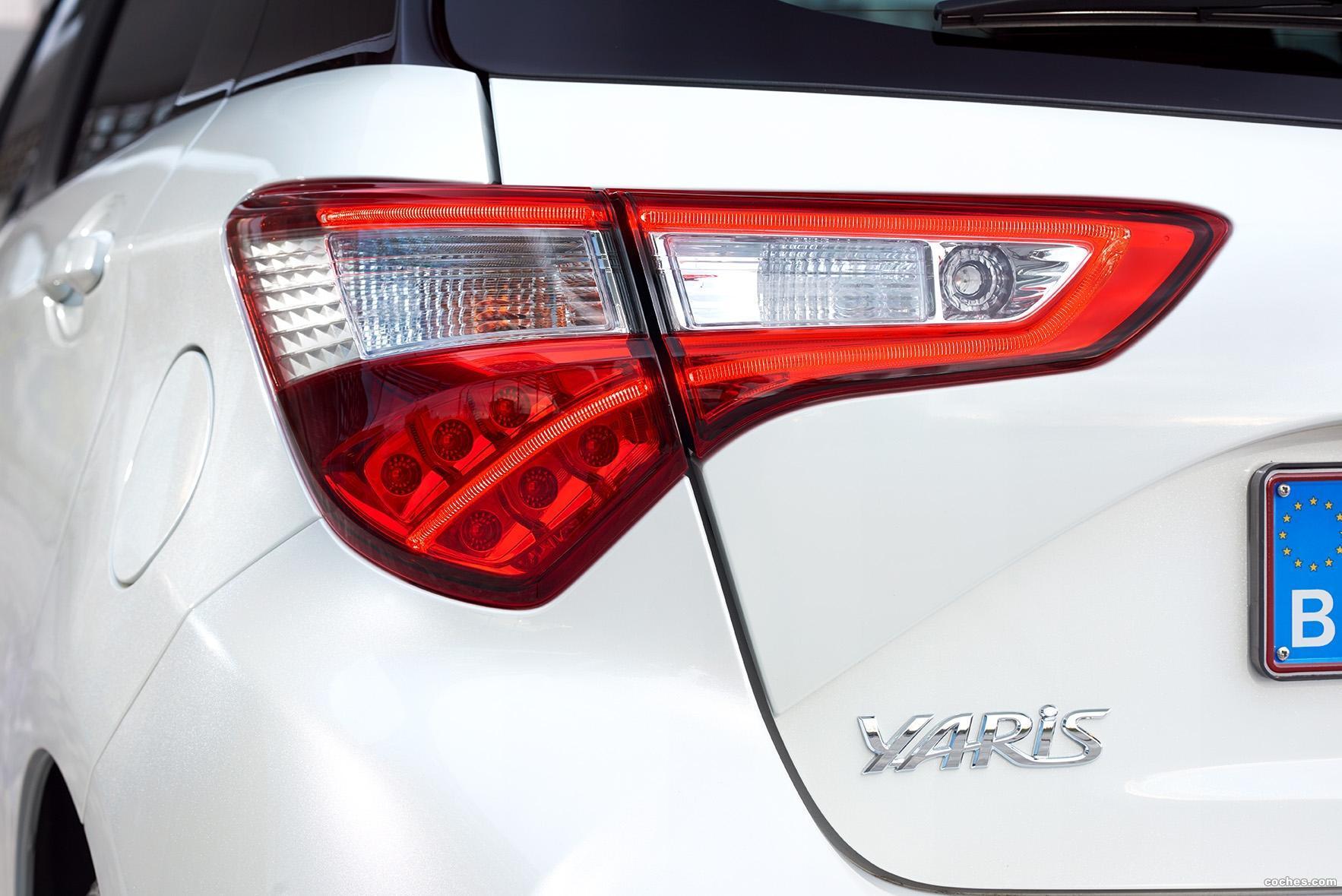 Foto 2 de Toyota Yaris 2017