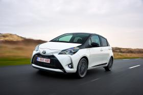 Ver foto 14 de Toyota Yaris 2017