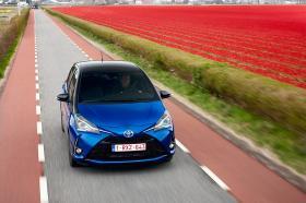 Ver foto 24 de Toyota Yaris Hybrid 2017