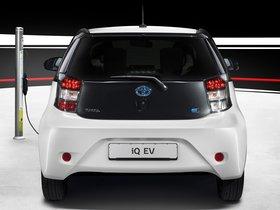 Ver foto 3 de Toyota iQ eV 2012