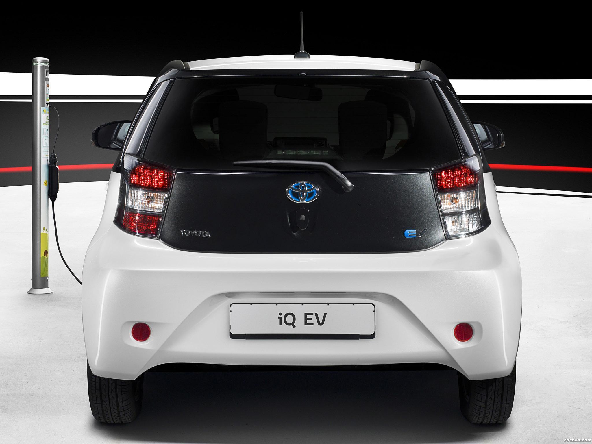 Foto 2 de Toyota iQ eV 2012